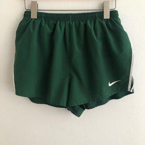 NIKE Dri-Fit Shorts Green L